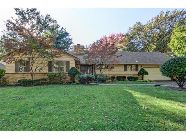 5838 Cherokee Drive, Fairway, KS 66205 (#2076115) :: Kedish Realty Group at Keller Williams Realty
