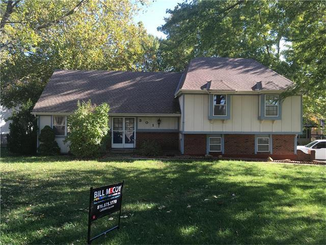 301 SW Ensley Lane, Lee's Summit, MO 64081 (#2076134) :: Select Homes - Team Real Estate