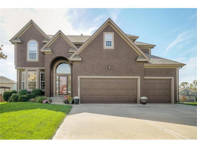 22225 W 121ST Terrace, Olathe, KS 66061 (#2076135) :: Select Homes - Team Real Estate