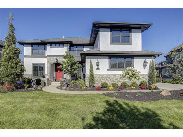 11506 W 164TH Terrace, Overland Park, KS 66221 (#2076183) :: The Shannon Lyon Group - Keller Williams Realty Partners