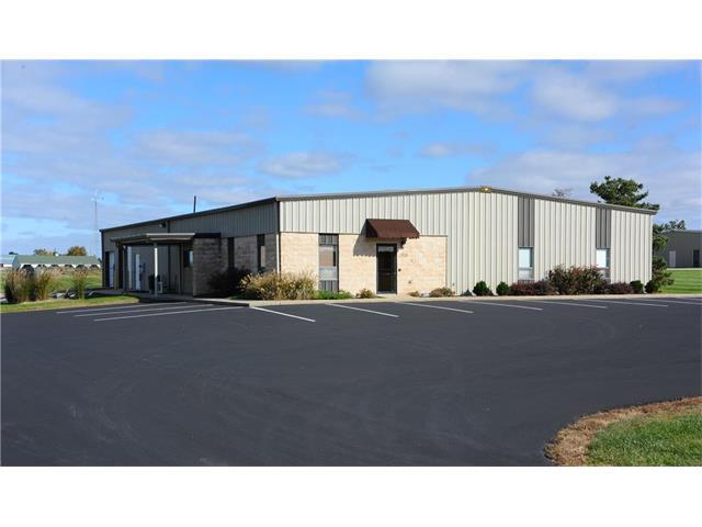 1708 Industrial Drive, Paola, KS 66071 (#2076892) :: HergGroup Kansas City