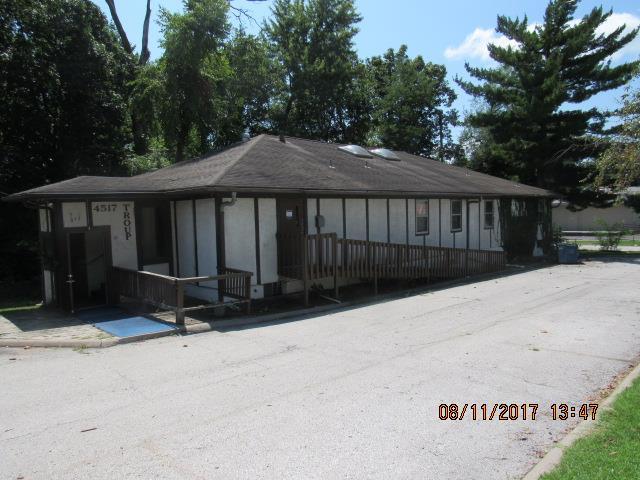 4517 Troup Avenue, Kansas City, KS 66102 (#2077323) :: Carrington Real Estate Services