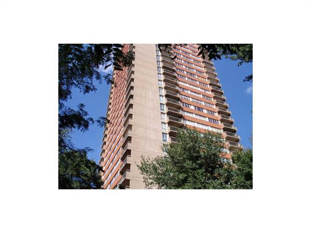 2510 Grand  #3001 N/A, Kansas City, MO 64108 (#2077882) :: Carrington Real Estate Services