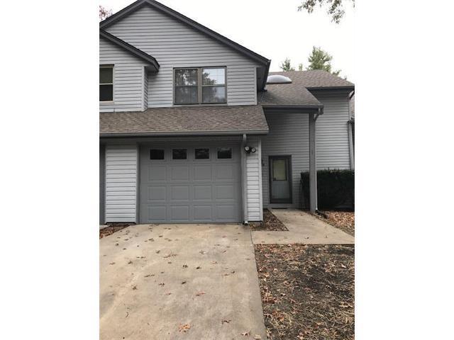 11614 E 59th Terrace, Kansas City, MO 64133 (#2078020) :: Edie Waters Team