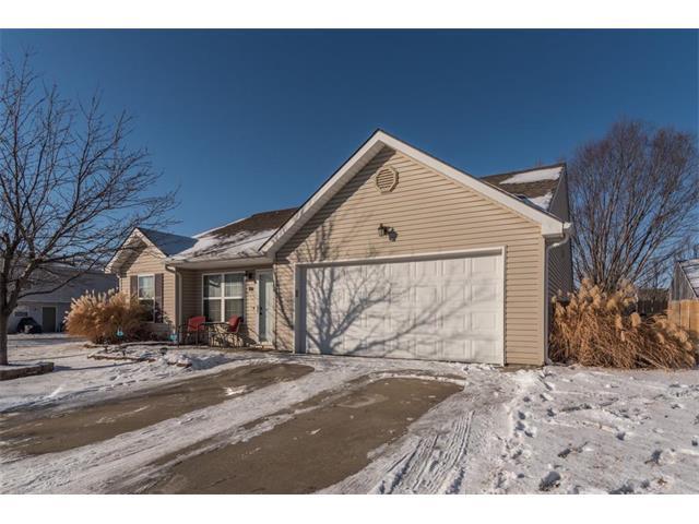 330 N Evergreen Street, Gardner, KS 66030 (#2078132) :: Char MacCallum Real Estate Group