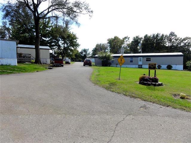 500 Monroe Street, Oskaloosa, KS 66066 (#2078293) :: Carrington Real Estate Services
