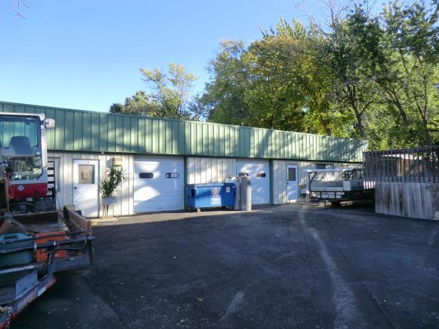 404 NE 41st Street, Kansas City, MO 64116 (#2078560) :: Carrington Real Estate Services