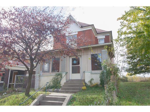18 S Valley Street, Kansas City, KS 66102 (#2078624) :: Edie Waters Team