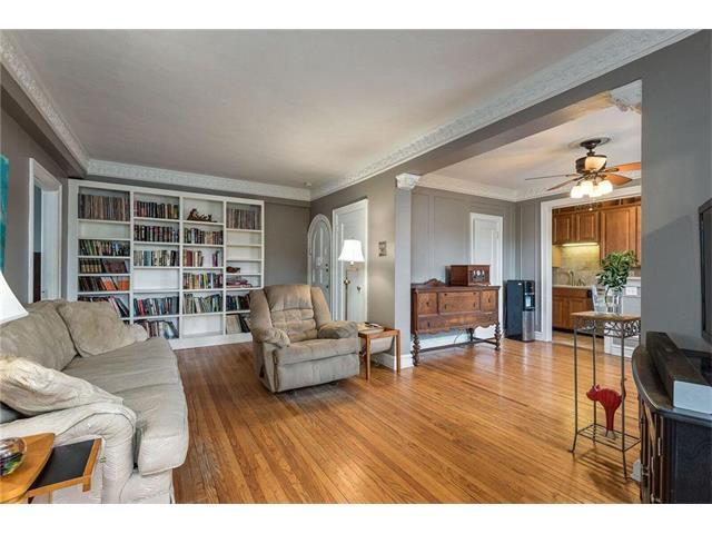 311 Emanuel Cleaver Boulevard #801, Kansas City, MO 64112 (#2078787) :: The Shannon Lyon Group - Keller Williams Realty Partners