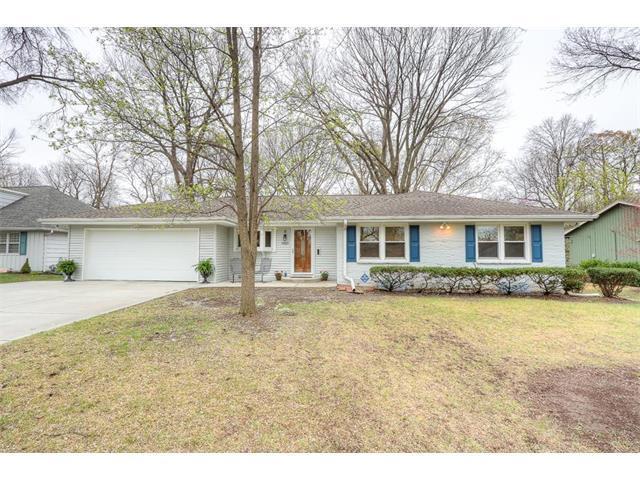 7921 Rosewood Drive, Prairie Village, KS 66208 (#2079152) :: NestWork Homes