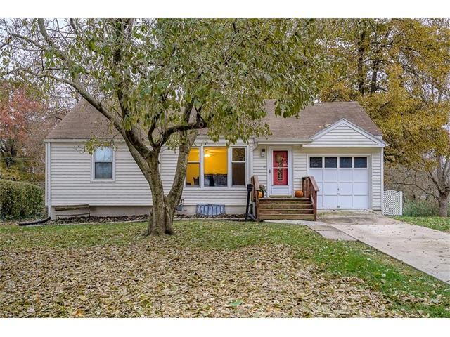 9509 E 68TH Street, Raytown, MO 64133 (#2079166) :: Team Dunavant