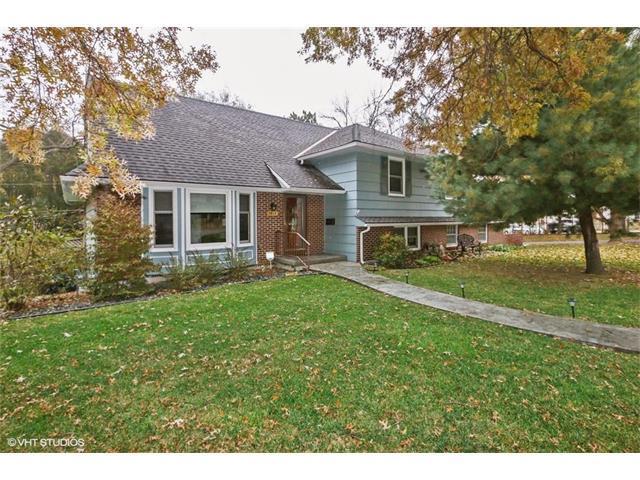 7419 Booth Street, Prairie Village, KS 66208 (#2079322) :: NestWork Homes