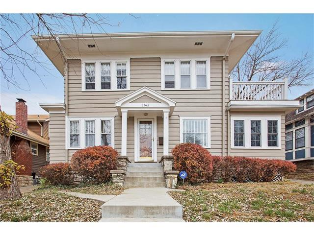 5143 Baltimore Avenue, Kansas City, MO 64112 (#2079466) :: Edie Waters Team