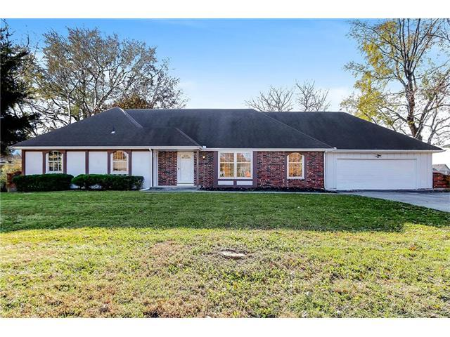 122 Jamar Drive, Peculiar, MO 64078 (#2079591) :: Tradition Home Group