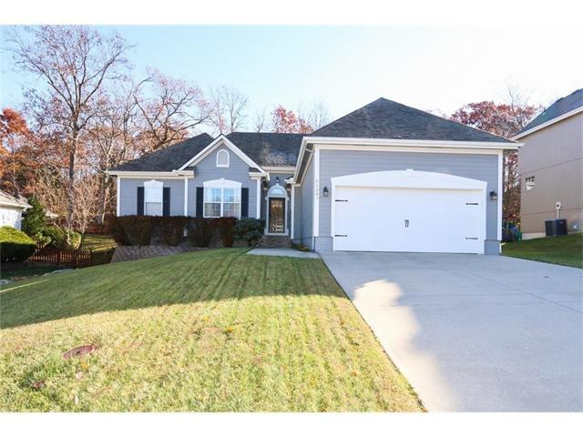 5129 S Powell Avenue, Blue Springs, MO 64015 (#2079611) :: NestWork Homes