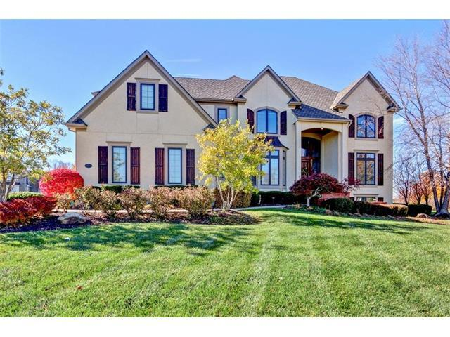 3553 W 153rd Terrace, Leawood, KS 66224 (#2079624) :: NestWork Homes