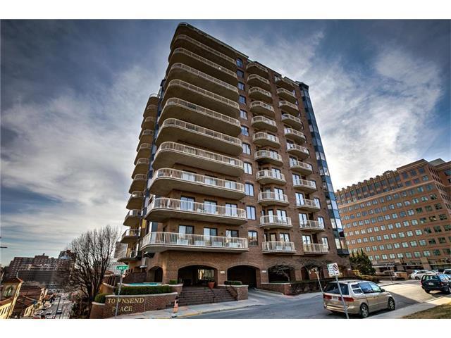 411 W 46th Terrace #1004, Kansas City, MO 64112 (#2079675) :: NestWork Homes