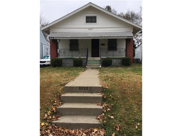 3227 Jackson Avenue, Kansas City, MO 64128 (#2079722) :: NestWork Homes