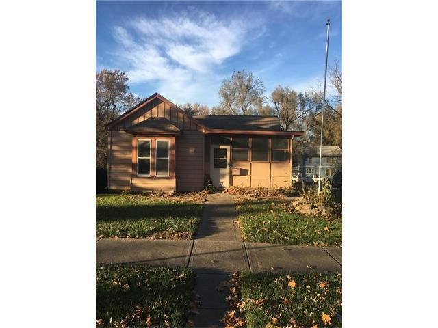 310 Spruce Street, Leavenworth, KS 66048 (#2079724) :: Kedish Realty Group at Keller Williams Realty