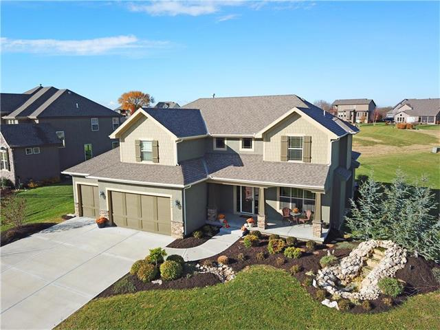 24114 W 68TH Street, Shawnee, KS 66226 (#2079802) :: Kedish Realty Group at Keller Williams Realty