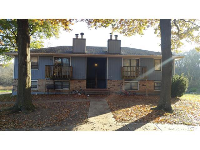 719 NE Barnes Drive, Lee's Summit, MO 64086 (#2079810) :: NestWork Homes