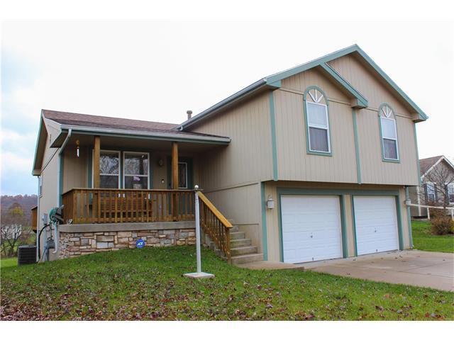 621 SW Creek Ridge Drive, Grain Valley, MO 64086 (#2079832) :: Team Dunavant