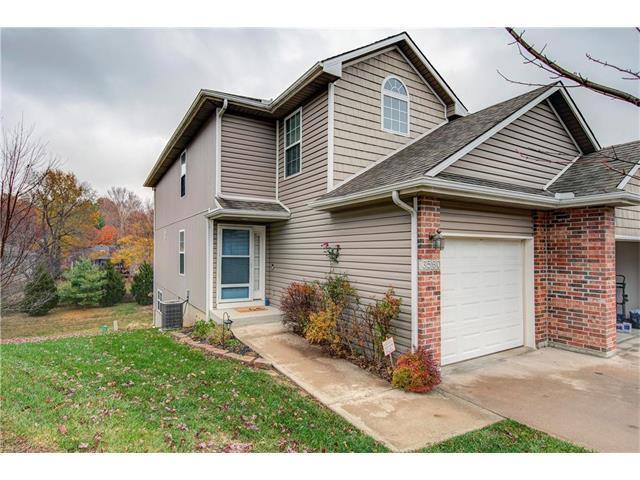 3560 NE Austin Drive, Lee's Summit, MO 64064 (#2079842) :: NestWork Homes