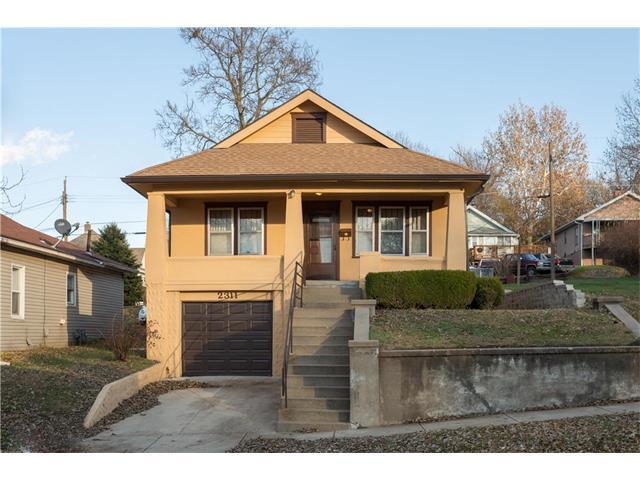 2311 S 15th Street, St Joseph, MO 64503 (#2079910) :: Char MacCallum Real Estate Group