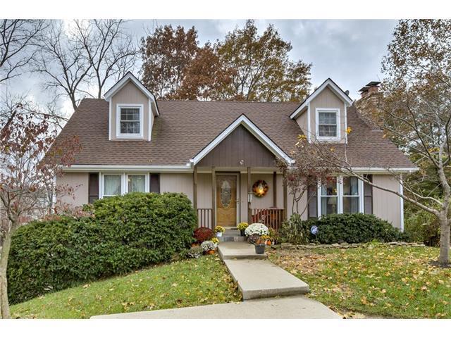 7490 N Congress Avenue, Kansas City, MO 64152 (#2079972) :: NestWork Homes