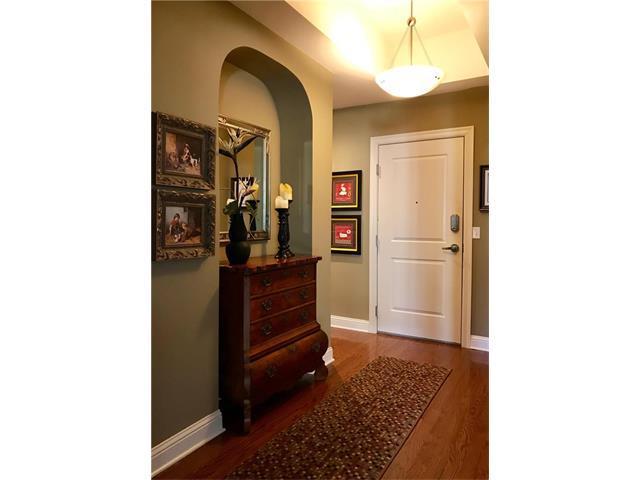 3800 N Mulberry #405 Drive #405, Kansas City, MO 64116 (#2080112) :: Carrington Real Estate Services