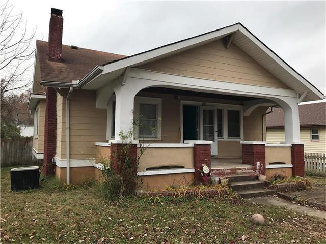 550 S Brookside Avenue, Independence, MO 64053 (#2080127) :: Team Dunavant