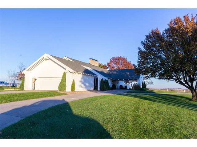2650 W 223rd Street, Bucyrus, KS 66013 (#2080177) :: Tradition Home Group