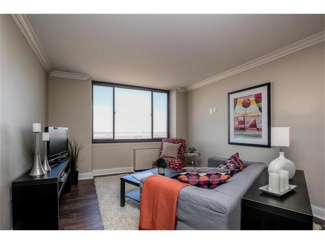 700 E 8th #9J Street 9J, Kansas City, MO 64106 (#2080255) :: Carrington Real Estate Services