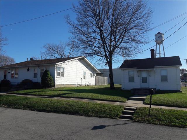 401 S 1st Street, Louisburg, KS 66053 (#2080459) :: Tradition Home Group