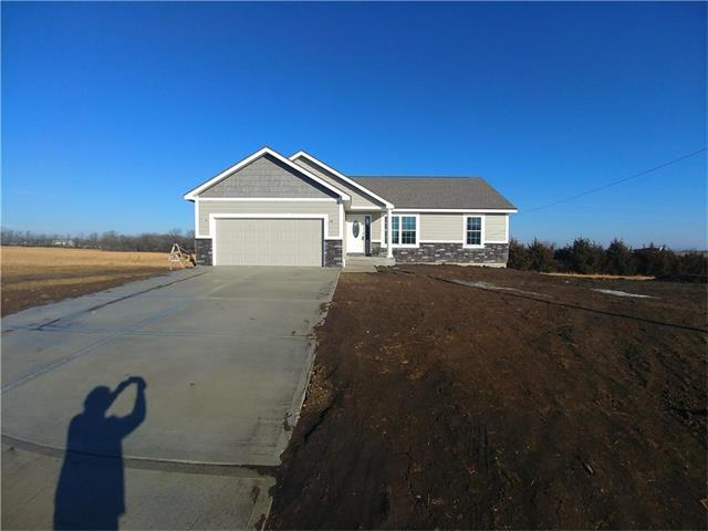213 Meadowbrook Lane, Wellsville, KS 66092 (#2081806) :: The Shannon Lyon Group - Keller Williams Realty Partners