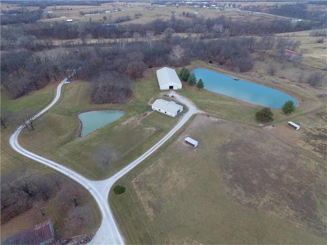 4998 SE Hilltop Road, Lathrop, MO 64465 (#2082544) :: Edie Waters Team