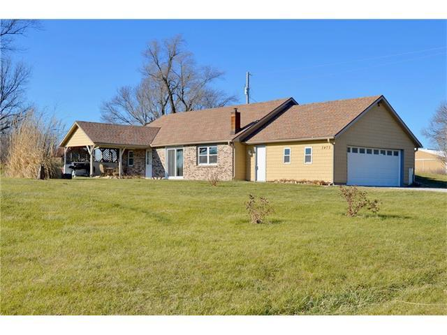 3470 E 116 Highway, Lathrop, MO 64465 (#2082866) :: Edie Waters Team