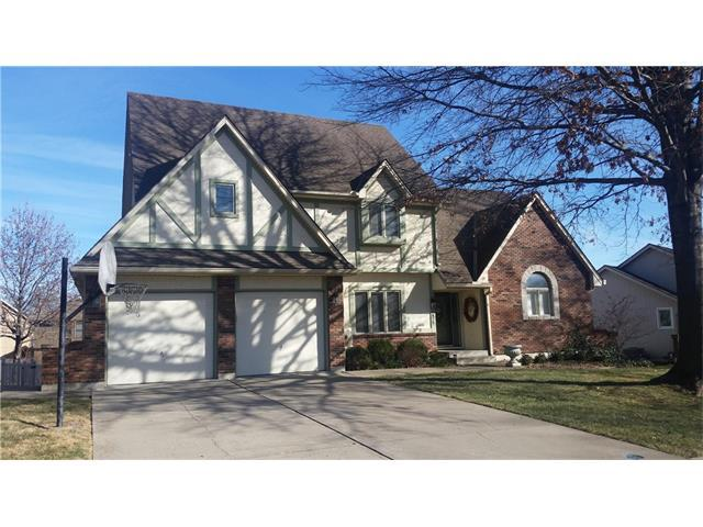 1825 NE Waterfield Lane, Blue Springs, MO 64015 (#2083092) :: Tradition Home Group