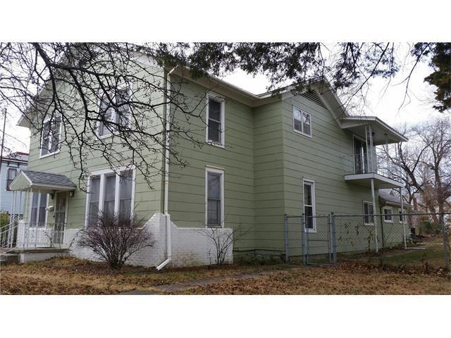 612 S National Street, Fort Scott, KS 66701 (#2083179) :: Kedish Realty Group at Keller Williams Realty