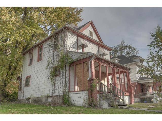 3005 Olive Street, Kansas City, MO 64109 (#2083192) :: Edie Waters Network