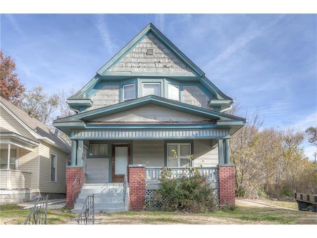 417 Bellaire Street, Kansas City, MO 64123 (#2083195) :: Edie Waters Network