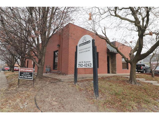 104 W Kansas Street, Liberty, MO 64068 (#2083303) :: The Shannon Lyon Group - Keller Williams Realty Partners