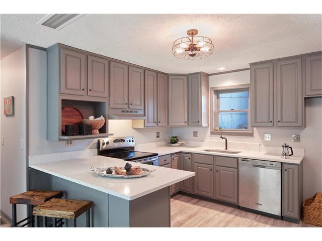 305 Linn Street, Bucyrus, KS 66013 (#2083312) :: Tradition Home Group