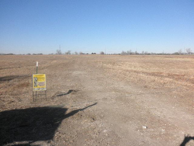 Section 25 Twnshp 14 N/A, Spring Hill, KS 66083 (#2083342) :: Edie Waters Network