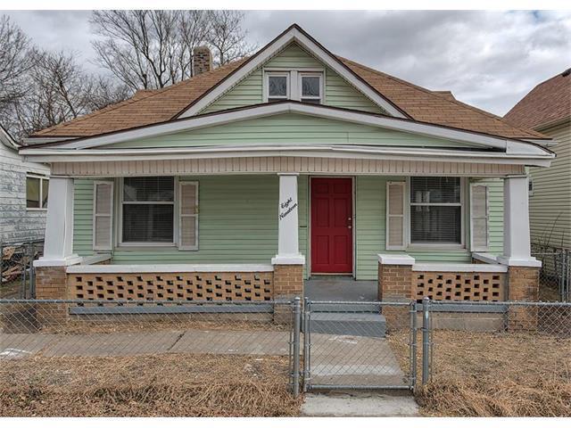 819 S 19th Street, St Joseph, MO 64507 (#2083396) :: Edie Waters Team