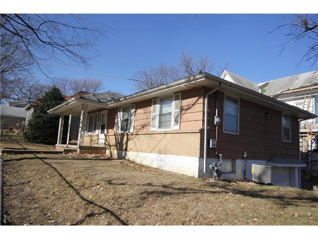 5114 Smart Avenue, Kansas City, MO 64124 (#2083398) :: Tradition Home Group