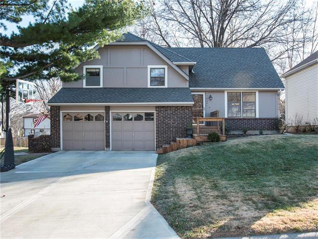 16601 W 142nd Place, Olathe, KS 66062 (#2083418) :: Tradition Home Group