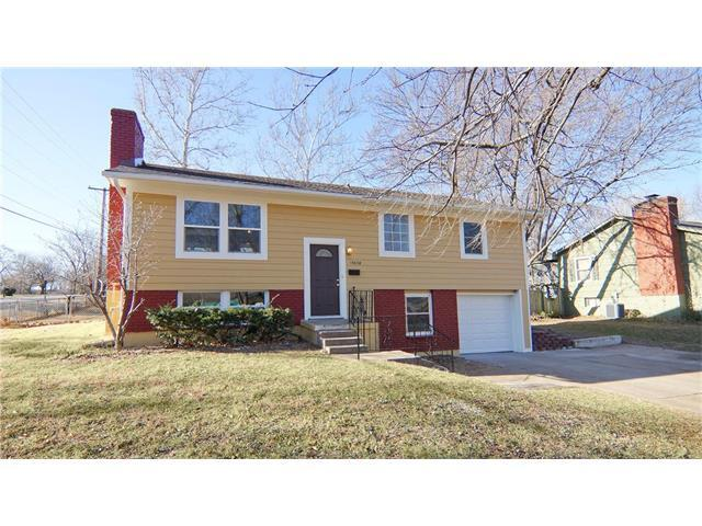 13638 Cambridge Avenue, Grandview, MO 64030 (#2083427) :: Tradition Home Group