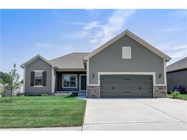 714 Gamma Grass Place, Raymore, MO 64083 (#2083433) :: Edie Waters Team