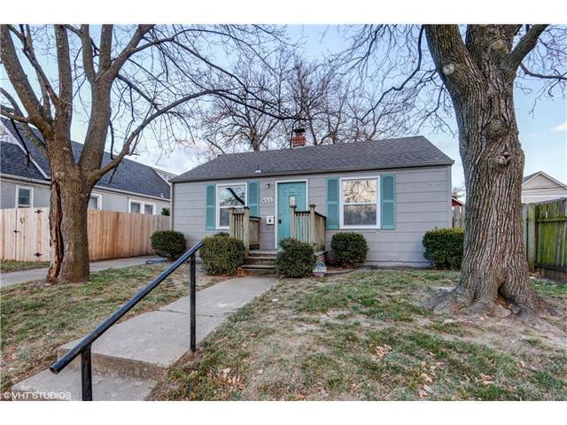 4313 Pearl Street, Kansas City, KS 66103 (#2083482) :: Edie Waters Team